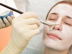 Пилинг для сухой кожи лица: важные советы и ценные рецепты