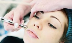 Алмазный пилинг лица: как делать правильно, доказанная эффективность