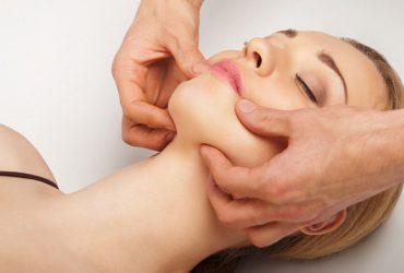 Лифтинг-массаж лица: тонизирующая подтяжка в домашних условиях