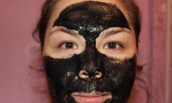 Маски для лица с желатином и активированным углем: рецепты очищения от угрей и черных точек