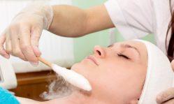 Криотерапия лица: уникальная процедура лечения холодом