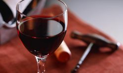 Маски для лица из красного вина: