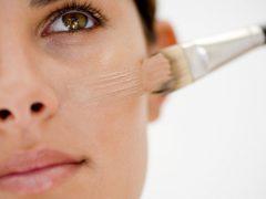 Как замаскировать прыщи на лице: пять эффективных способов